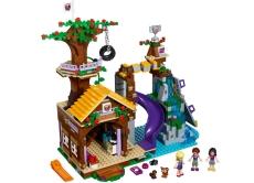 Tabara de aventuri: Casuta din copac (41122) - LEGO Friends
