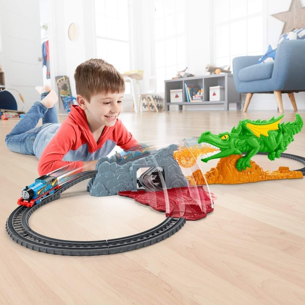 Thomas si prietenii - Provocarea dragonului - trenulet electric - Mattel 4