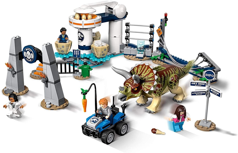 LEGO_Jurassic World_Triceratops_dezlantuit_Lego_75937_3