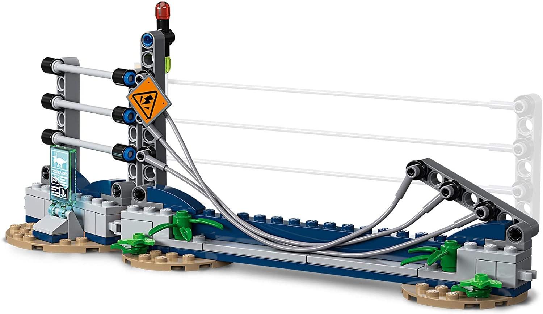 LEGO_Jurassic World_Triceratops_dezlantuit_Lego_75937_5