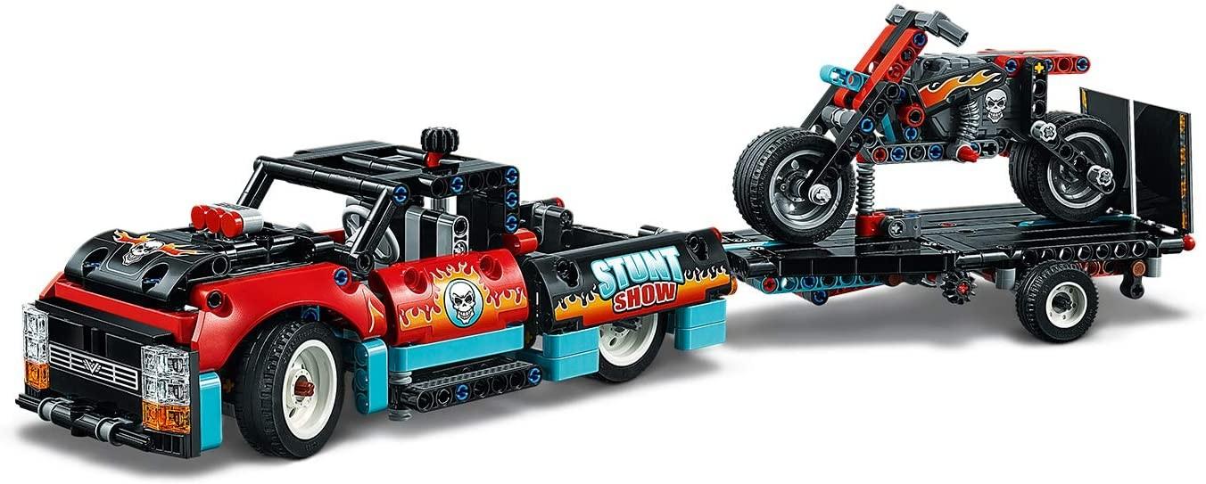 LEGO_Technic_Camion_si_motocicleta_pentru_cascadorii_LEGO_42106_3