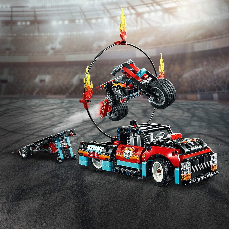LEGO_Technic_Camion_si_motocicleta_pentru_cascadorii_LEGO_42106_5