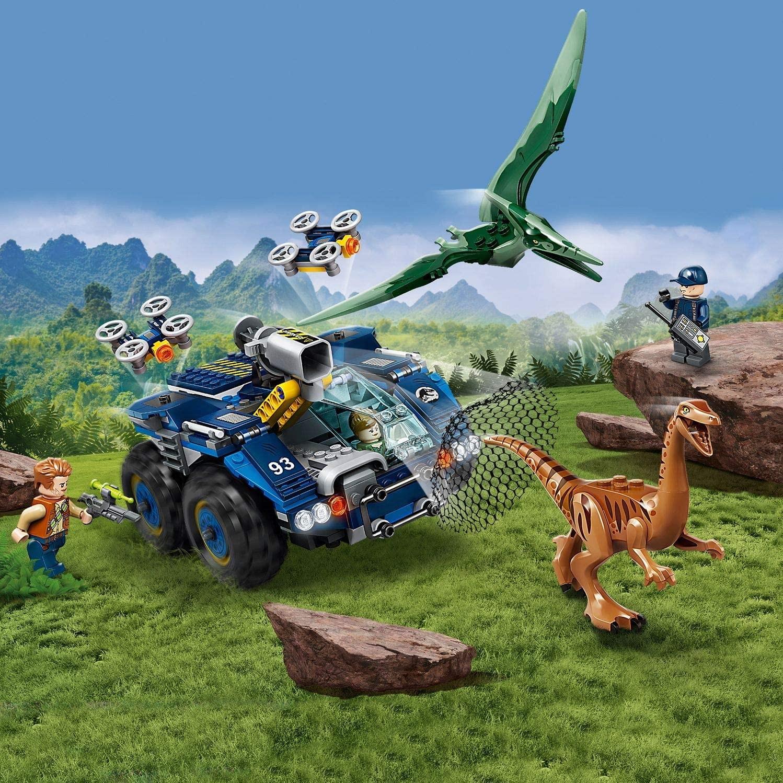LEGO_Jurassic_World_Evadarea_lui_Galilmimus_si_Pteranodon_LEGO_75940_5