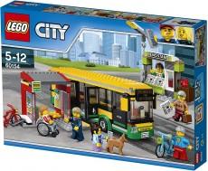 Stație de autobuz (60154) - LEGO City